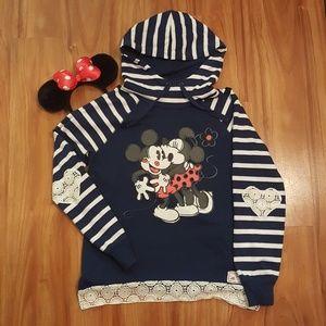 (NWOT) DISNEY Mickey & Minnie Women's Sweater (L)